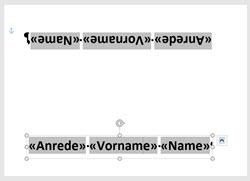 Word – Namensschilder für denTisch